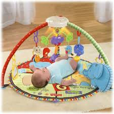 Jenis Permainan Bayi untuk Usia 0-4 Bulan