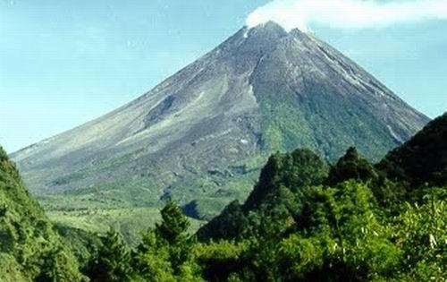 Keindahan Gunung Merapi