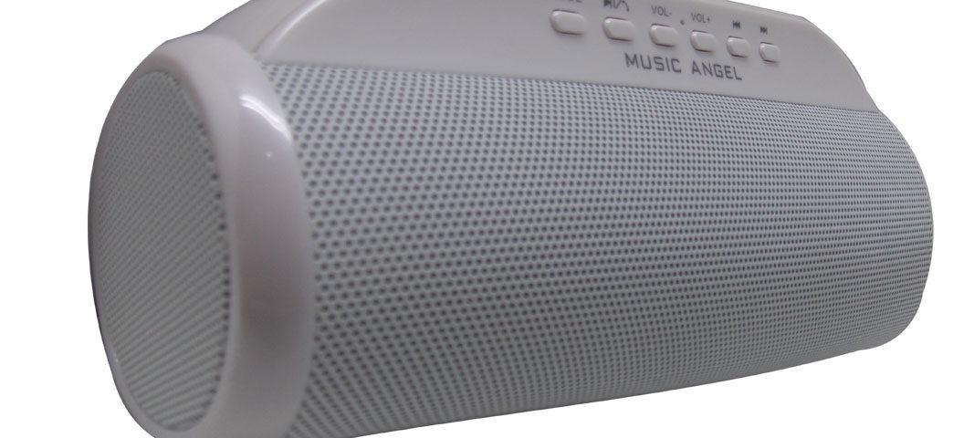 Mendengarkan Musik Dengan speaker bluetooth terbaik