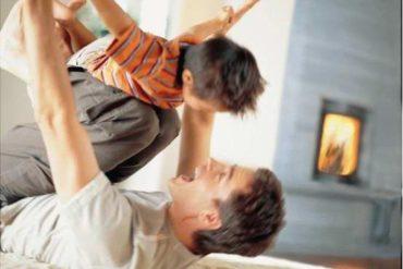 Permainan Ayah dan Anak Laki-laki