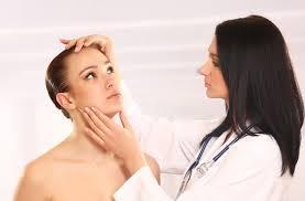 Kiat-Kiat Pilih Dokter Untuk Perawatan Kulit