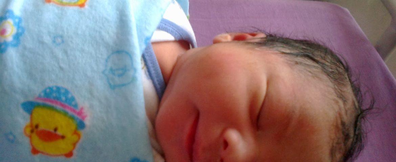 Membuat Persiapan Perlengkapan Bayi Baru Lahir