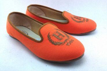 Tips Membeli Sepatu Wanita Branded Secara Online