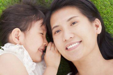 2 Cara Mengajari Anak Bicara yang Perlu Anda Lakukan