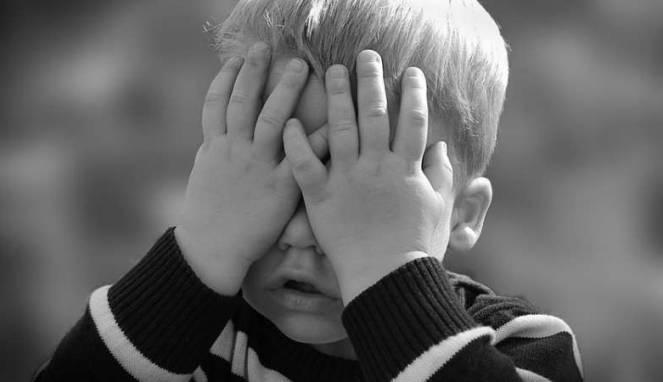 Hal sederhana yang Dapat Menjadi Cara Untuk Mengatasi Masalah Anak Pemalu