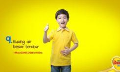 5 Cara Alami Mengatasi Anak yang Susah BAB