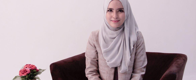 Fashion Hijab Muslimah Dan Model Pakaian Bagi Wanita Bekerja