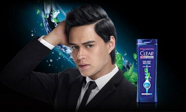 Clear Solusi Perawatan Rambut Pria Untuk Mengusir Ketombe Yang Membandel