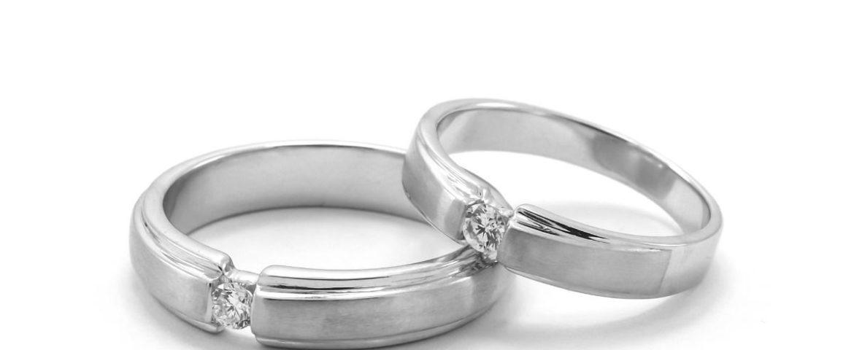 Tunjukkan Cantik dan Elegan Dengan Engagement ring largest indonesia