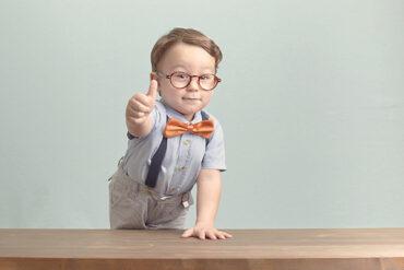 Mengenal Ciri Ciri Perkembangan Anak Usia 0-2 Tahun